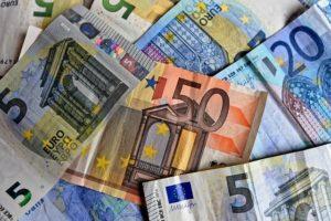 zarobki-w-niemczech-na-reke-euro-pieniadze