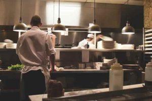 praca-w-niemczech-gastronomia-pomoc-w-kuchni-Free Photos - pixabay.com