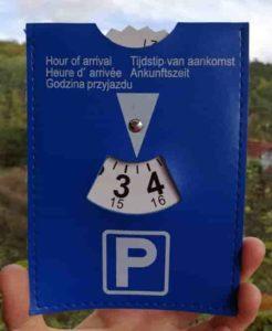 Niebieska plakietka do parkowania czyli Parkscheibe